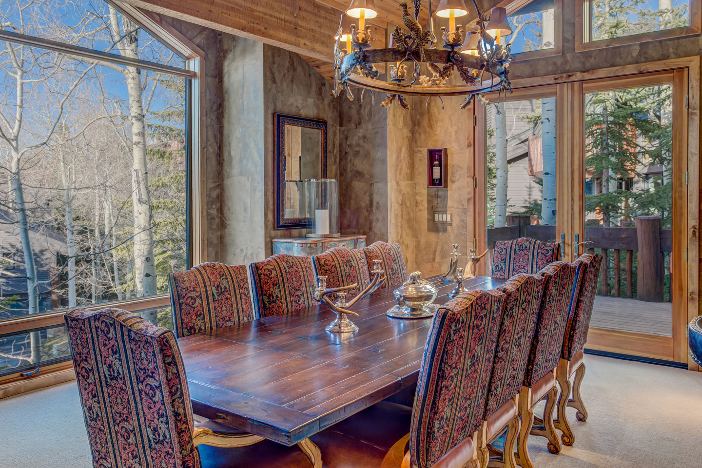 Slider-Sudberry-house-dining-light-Edit