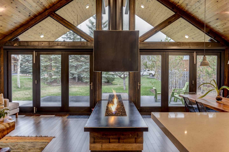 Stanton-House-great-room-light